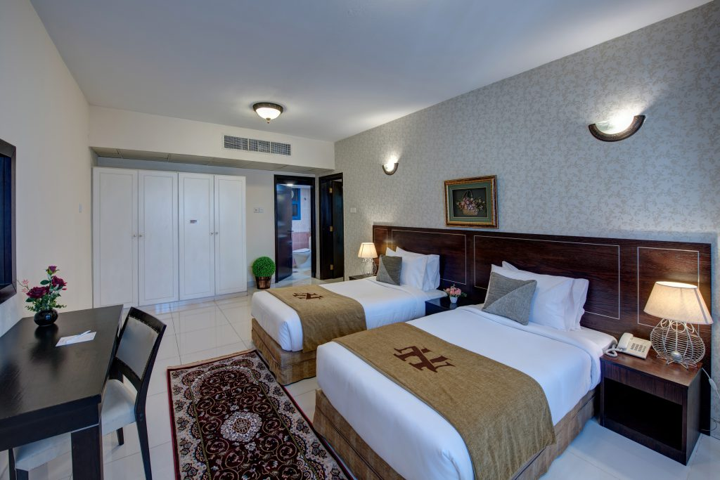 Superbe Double Bed Room
